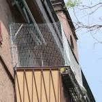 Katzennetz an Balkon